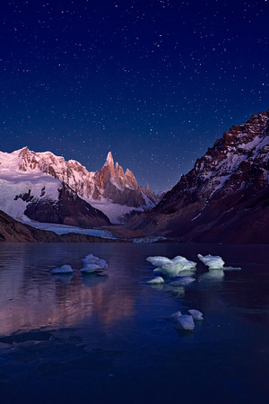 Starring Night at Laguna Torre